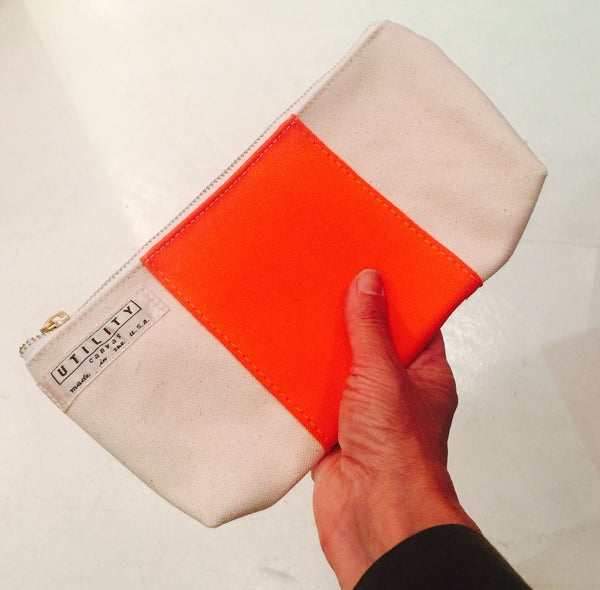 zip clutch - orange