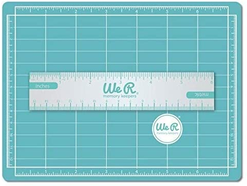 We R Memory Keepers crafters mini magnetic cutting mat & ruler
