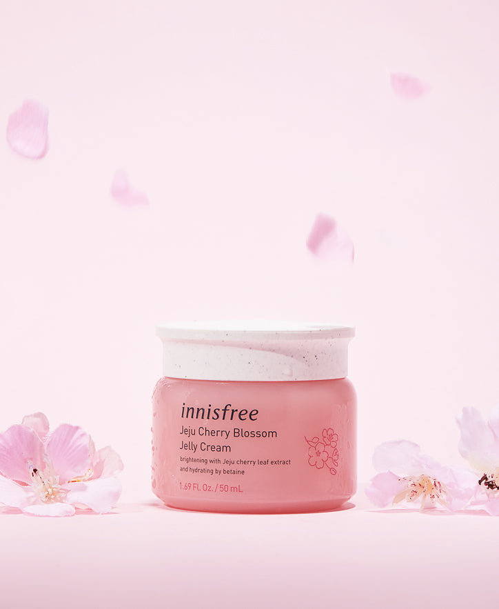 INNISFREE ~ Jeju Cherry Blossom Jelly Cream