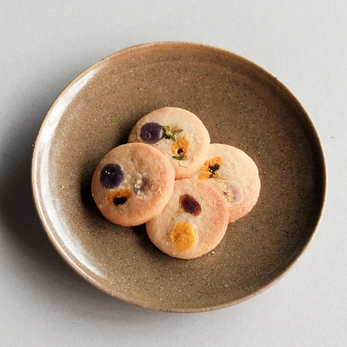 純素押花曲奇 Vegan cookies with edible flowers (2 pieces)
