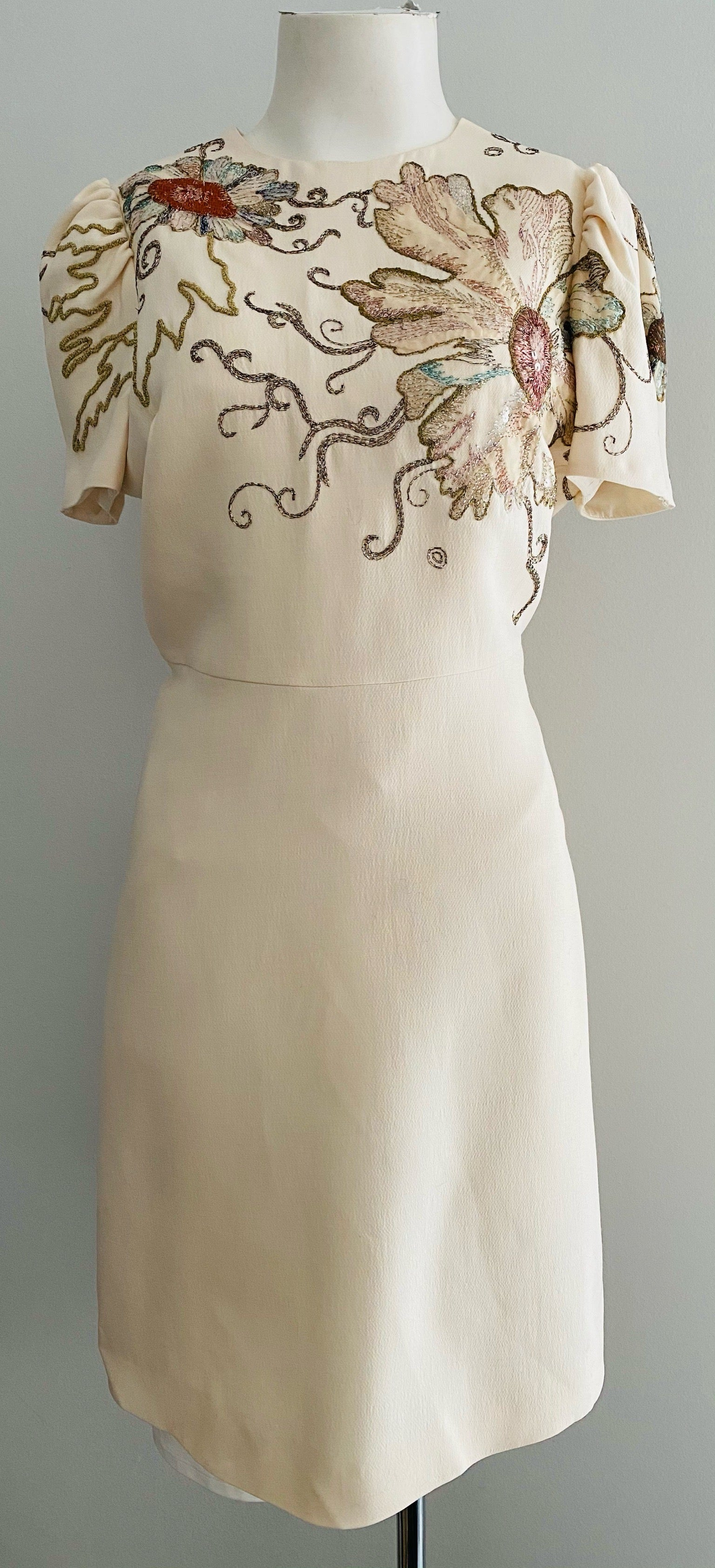 Valentino Ivory Floral Embellished Short Sleeve Sheath Dress Size 8/10