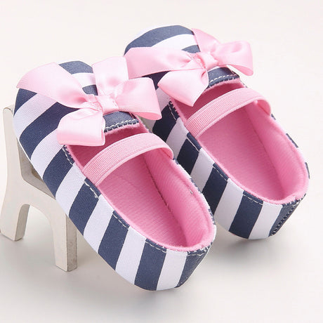 Large Stripe Shoes With Beautiful Pink Bow