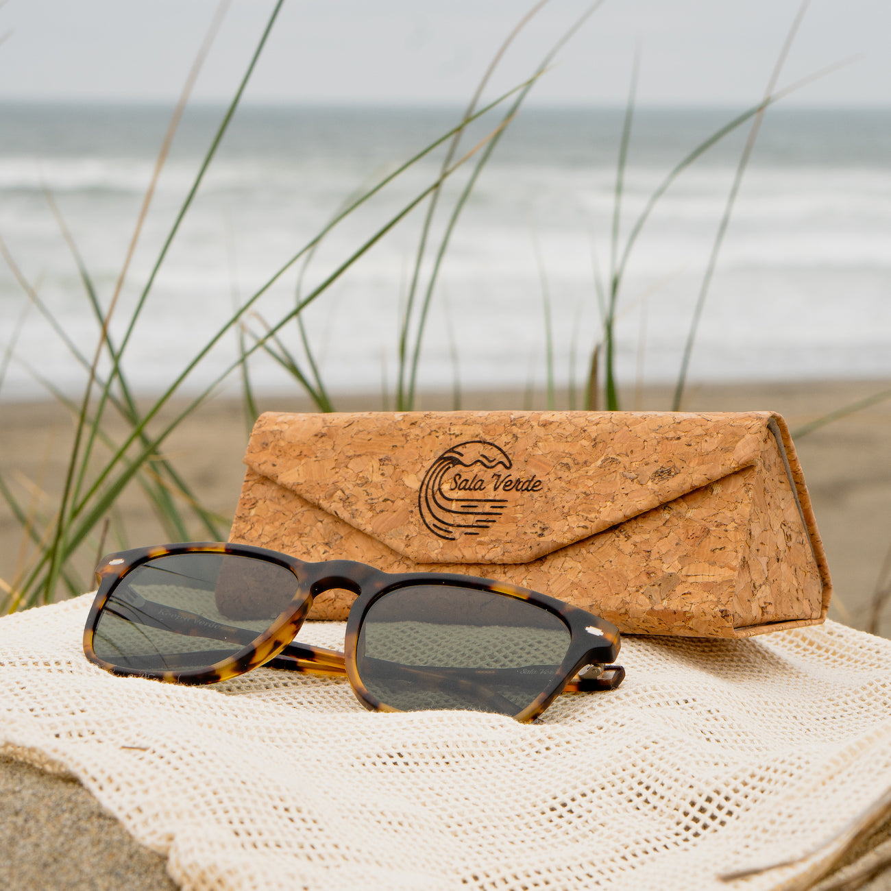 Sala Verde Ocean Friendly Sunglasses And Cork Case