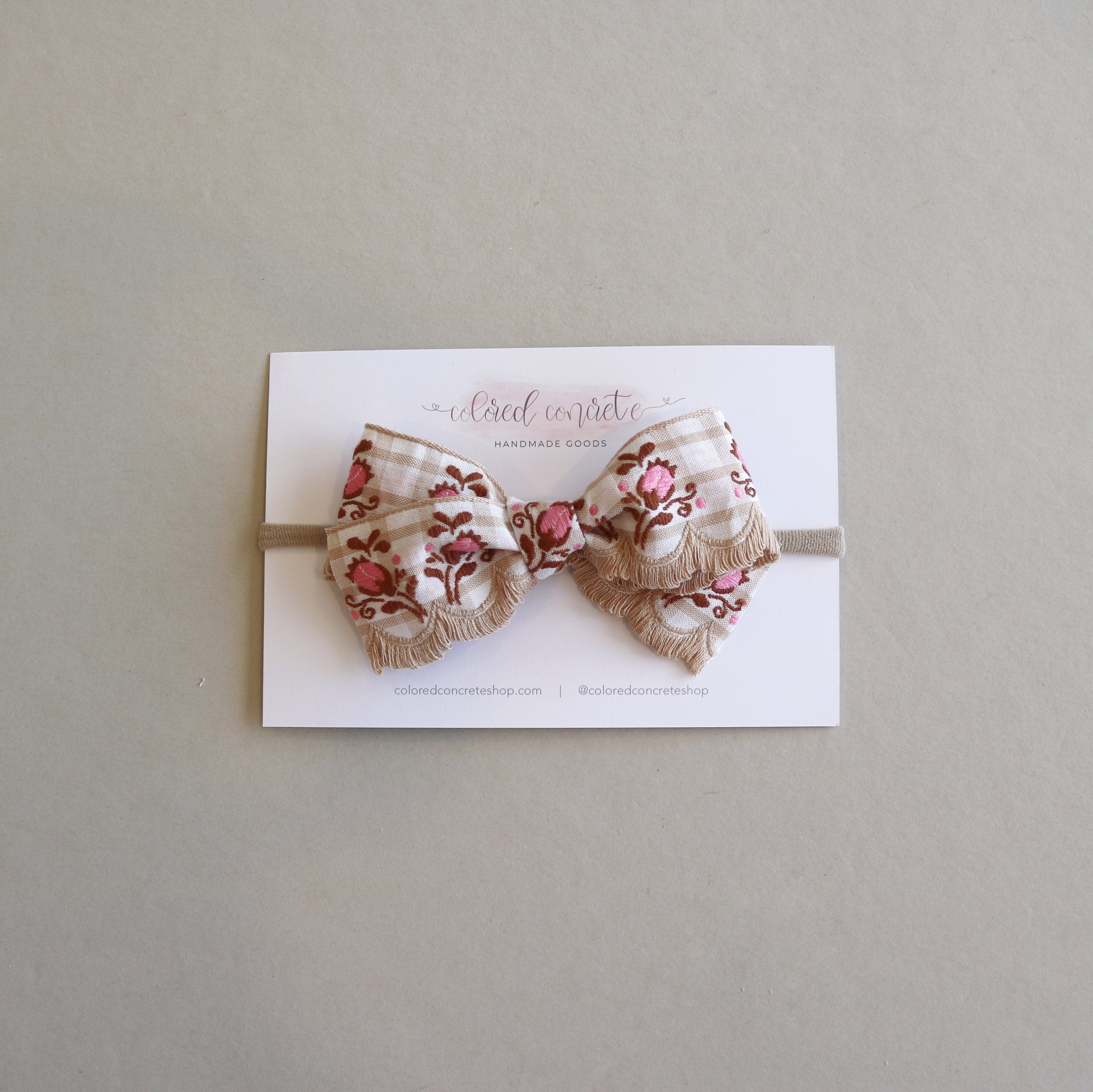 Medium Floral // Brown & Pink Scalloped