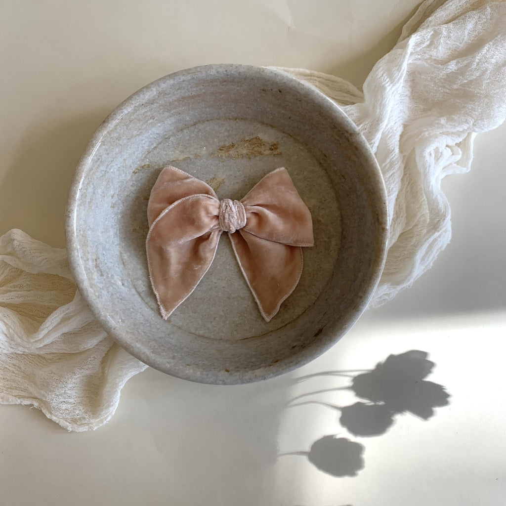 Sailor Bow // Muted Peach