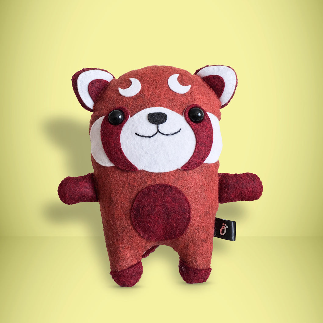 Red Panda - Sew Your Own Felt Kit - Oddly Wild