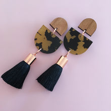 Load image into Gallery viewer, Acrylic Single Drop Tassel Earrings