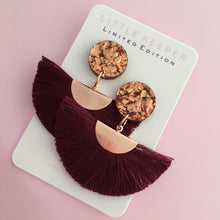 Load image into Gallery viewer, Tassel Fan Earrings