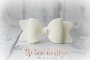SMALL CHUNKY FELT BOW CLIPS (28 COLOURS)