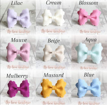 Load image into Gallery viewer, Small luxury scalloped felt bow clips (28 Colours)