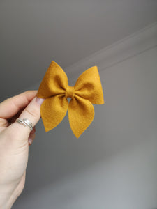 Classic luxury bow clips (28 Colours)