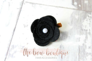 LARGE FELT FLOWER CLIPS WITH PEARLS (13 COLOURS)