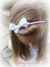Load image into Gallery viewer, Lace hand tied nylon headbands (3 Colours)