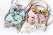 Load image into Gallery viewer, Linen knot bow nylon headbands (17 colours)