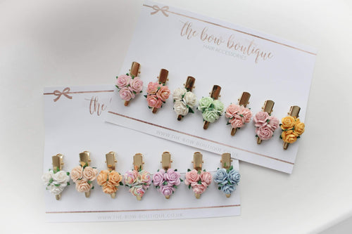 Delicate flower clips (14 Colours)