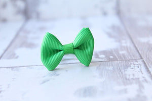 My first mini pinch bow bobble (33 Colours)