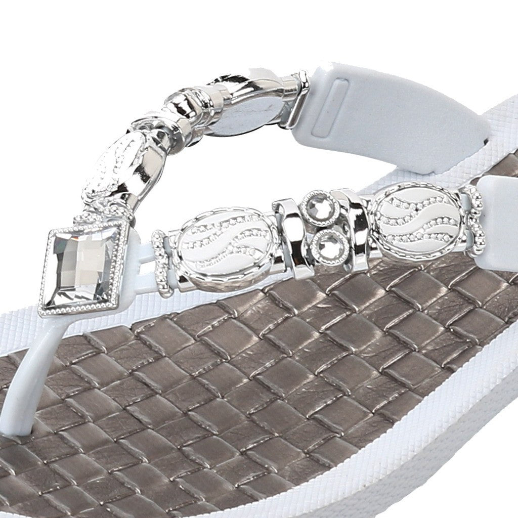 Grandco Sandals Faberge 27902 in White Close Up