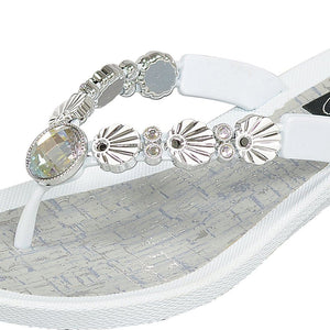 Grandco Sandals - 28257 Sea Shell V-Thong - White Close Up