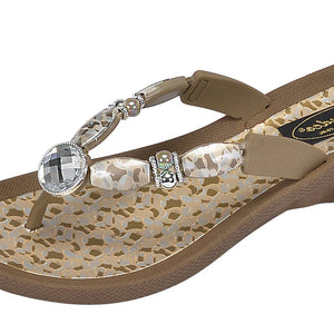Grandco Sandals - Coastal V Khaki Close up