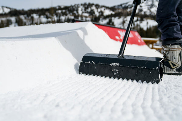 Professional Grooming Shovel