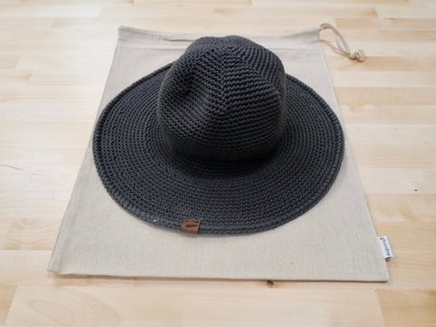 packable hats, pack and go, travel hat, eco friendly packaging, sustainable brands, sustainable design, organic cotton