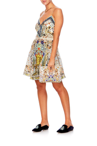 THE BUTTERFLY EFFECT SHORT DRESS W TIE FRONT