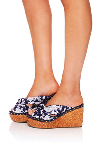 CAMILLA TOKYO TRIBE JAPANESE STORY WEDGE