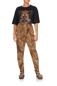 JERSEY DRAPE PANT WITH FRONT CROSSOVER DETAIL LADY LODGE