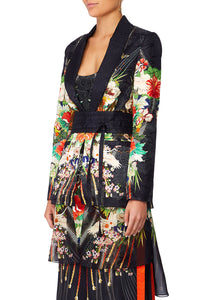 CAMILLA QUEEN OF KINGS BLAZER WCHIFFON CONTRAST