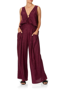 WIDE LEG PANT WITH GATHERED POCKETS BURGUNDY