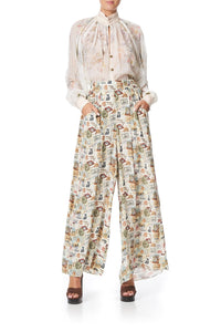 WIDE LEG PANT WITH GATHERED POCKETS WISH YOU WERE HERE