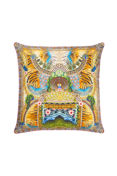 A WOMANS WISDOM LARGE SQUARE CUSHION