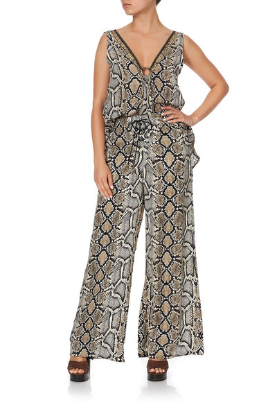 LACE UP FRONT FLARED PANT KAKADU BOO