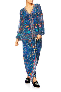 KINDNESS KALEIDOSCOPE GATHERED WRAP FRONT TROUSER