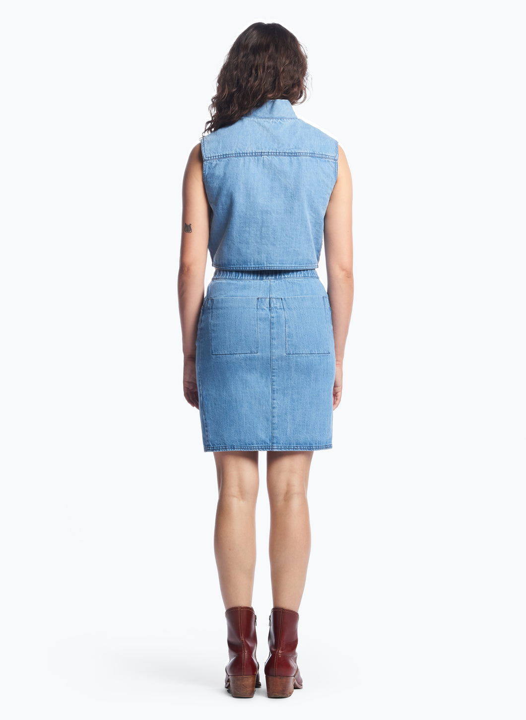 5-Pocket Skirt with Front Cuts in Bleached Denim