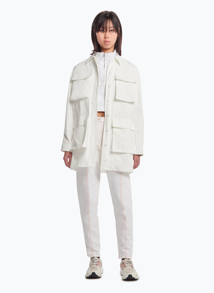 Safari-Jacket with Puffed Pockets in White Microfiber Fabric
