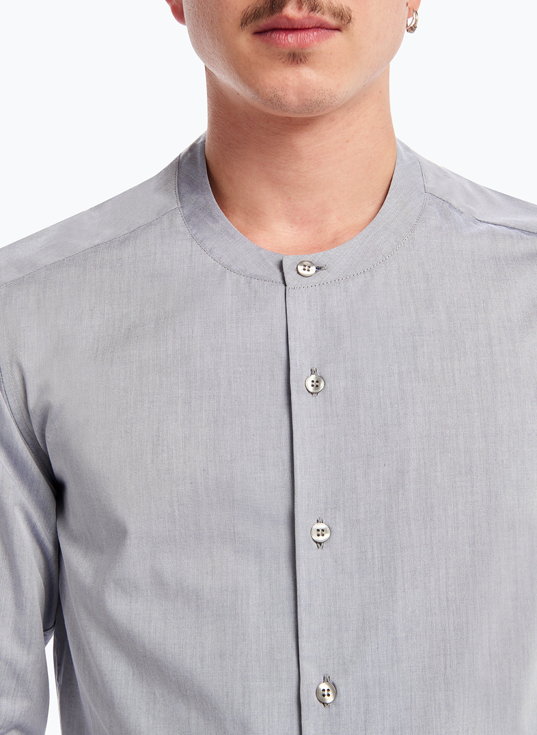 Crew Neck Shirt in Grey Poplin