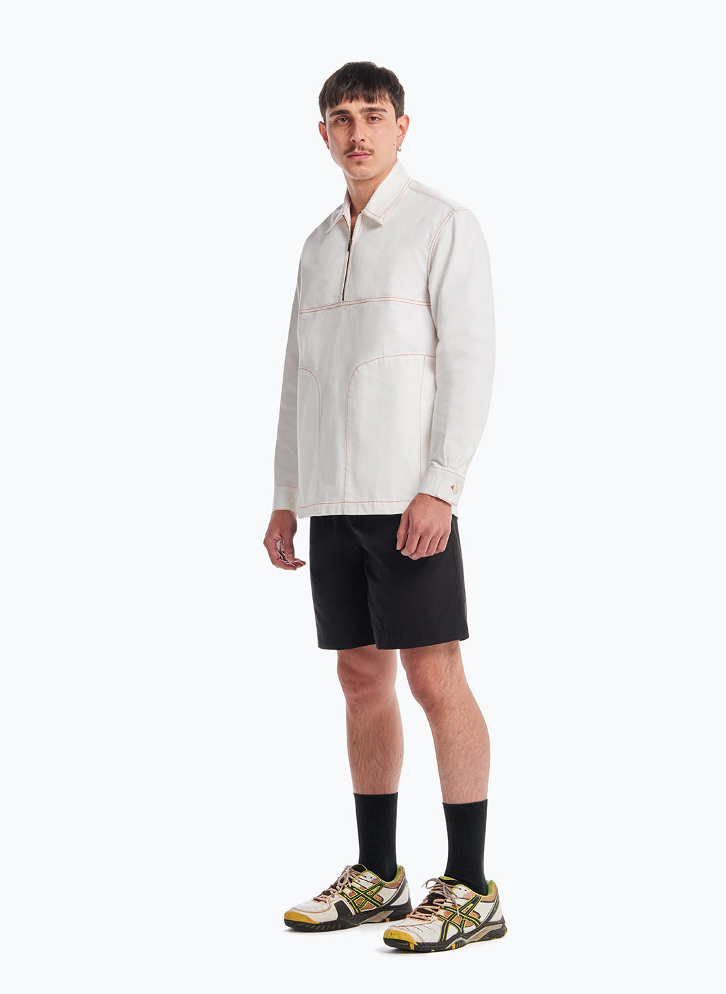 Poloshirt with Stitched Pockets in White Denim