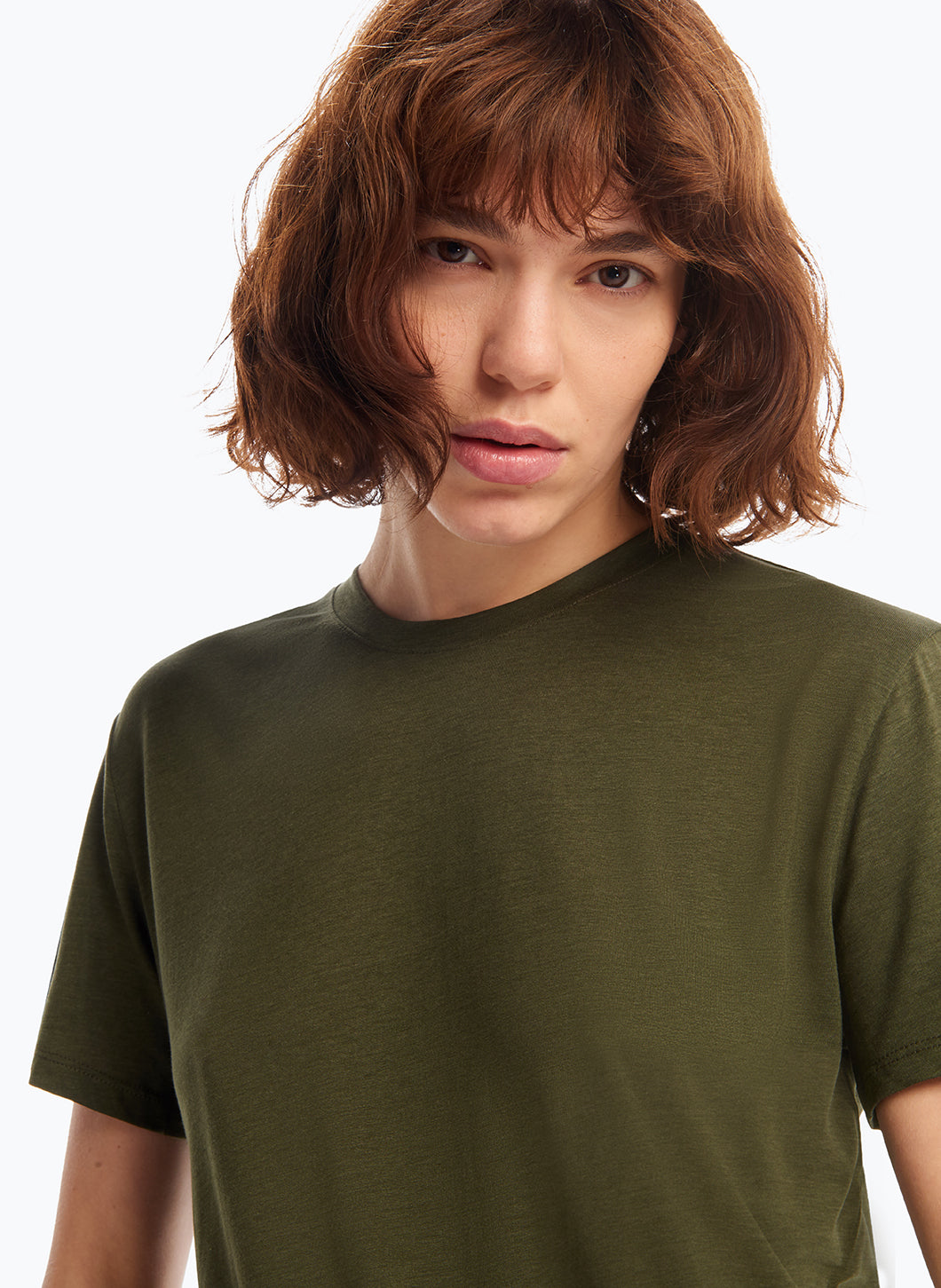 Short Sleeve Crew Neck T-Shirt in Olive Tencel