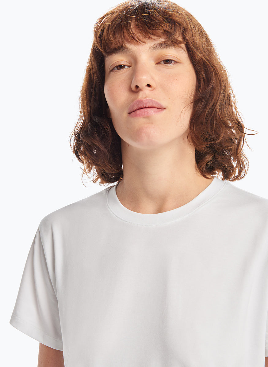 Short Sleeve Crew Neck T-Shirt in White Tencel
