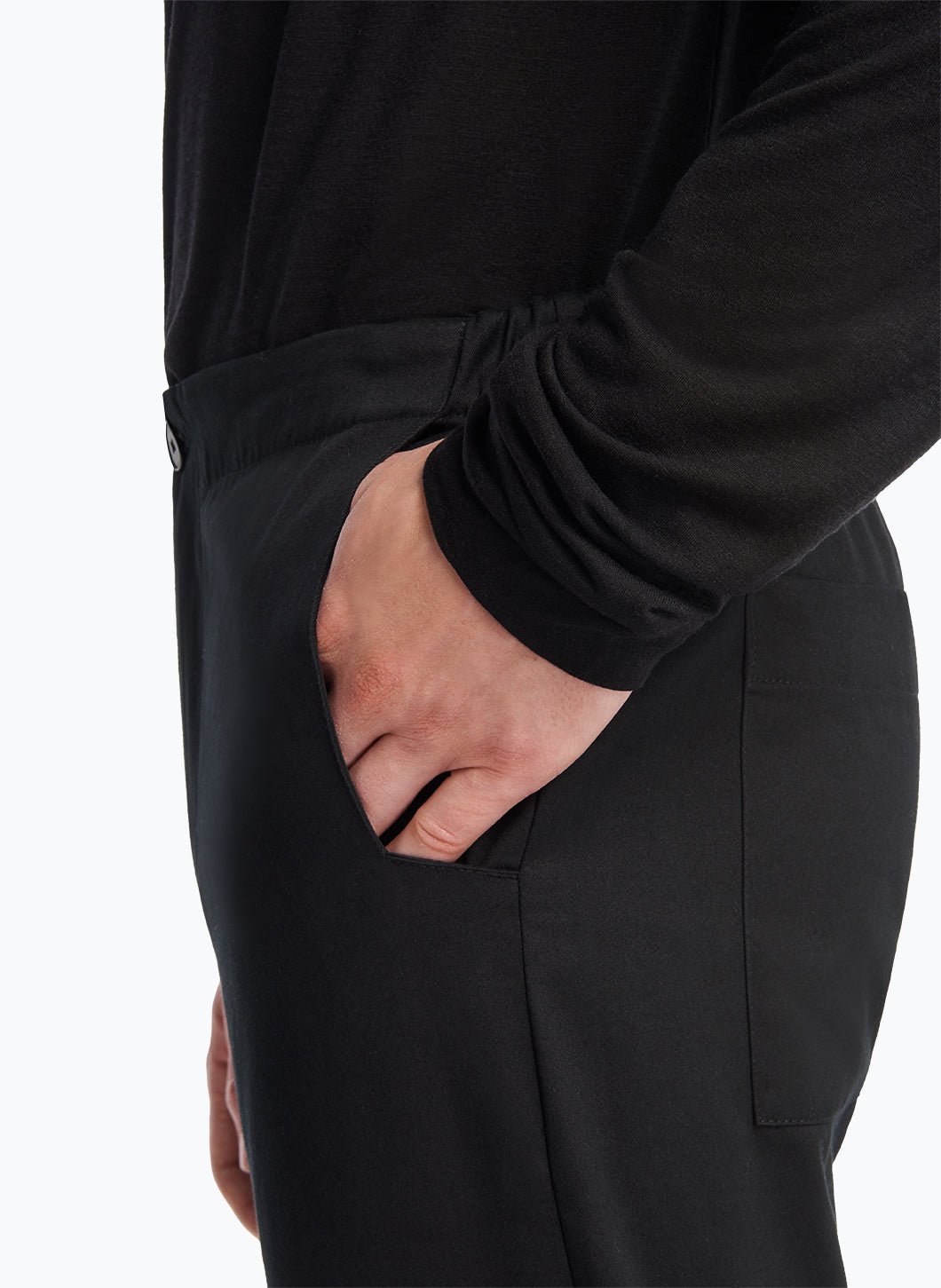 Pants with Notched Pockets in Black Cotton Gabardine