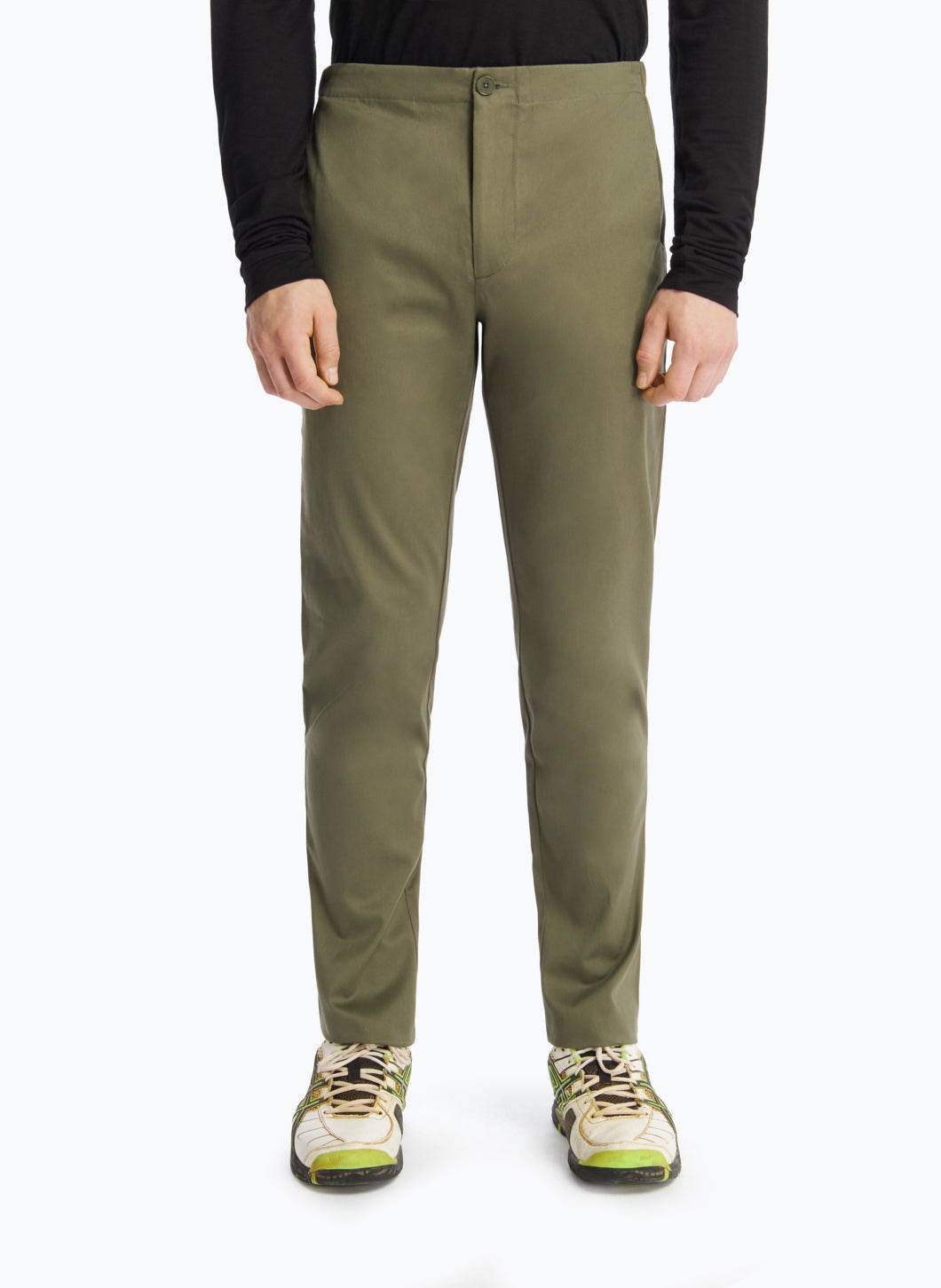 Pants with Notched Pockets in Olive Cotton Gabardine