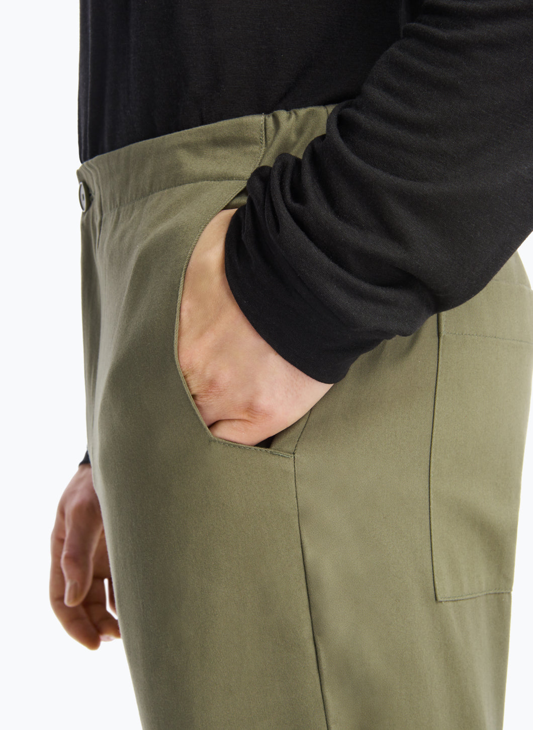 Pants with Notched Pockets in Olive Gabardine