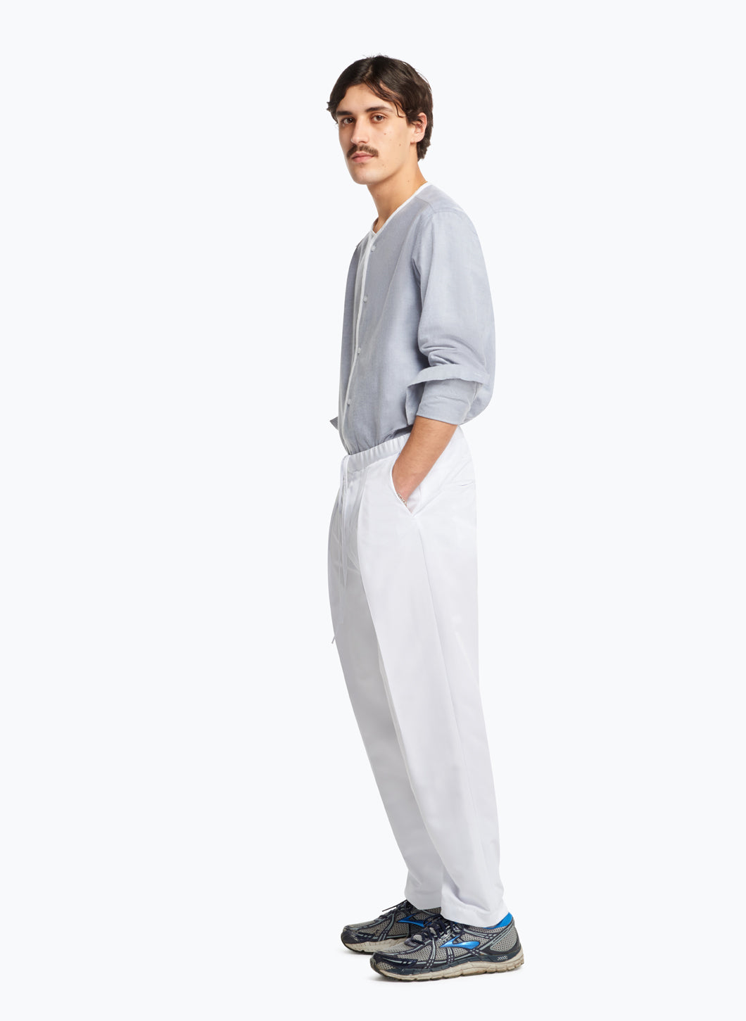 Elastic Waist Pants with Deep Pleats in White Microfiber