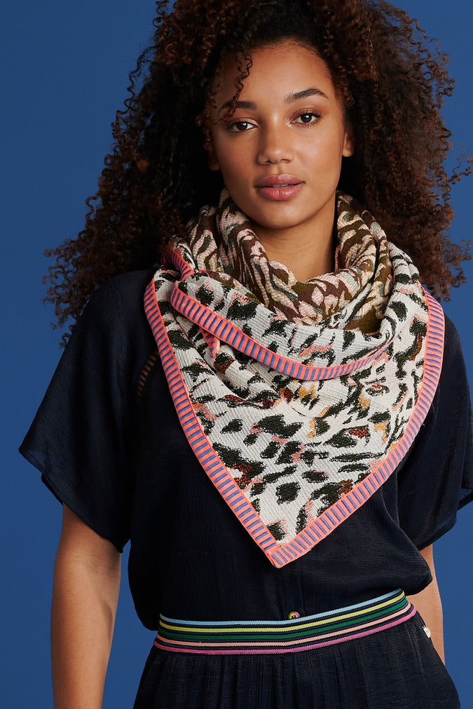 SHAWL - Jungle Leopard