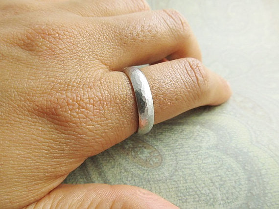 Platinum Rustic Hammered Wedding Band, Mens Ring, Domed, Comfort Fit... 5mm