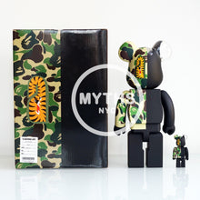 Load image into Gallery viewer, BAPE x Neighborhood x Medicom 100% & 400% Bearbrick