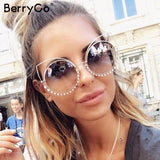 BerryGo cat eye women sunglasses  Alloy female crystal beading sun glasses Vintage fashion Cool ladies casual sunglasses UV400