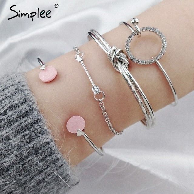 Simplee Sweet fashion jewelry bracelet Statement golden crystal female hand accessories Trendy multilayer clothing accessories