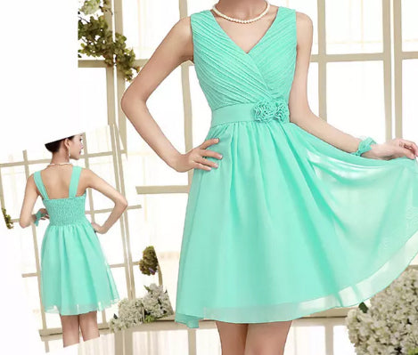 Brand New Ladies V Neck Formal/Party/Prom/ Dress